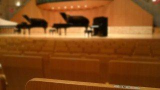 演奏会ドレス ステージドレス|楽器別、場所別に比較しましょう!