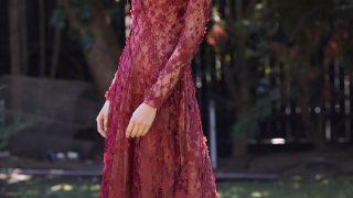 30代以上必見!「タダシショージ」大人色ワインカラーのドレス